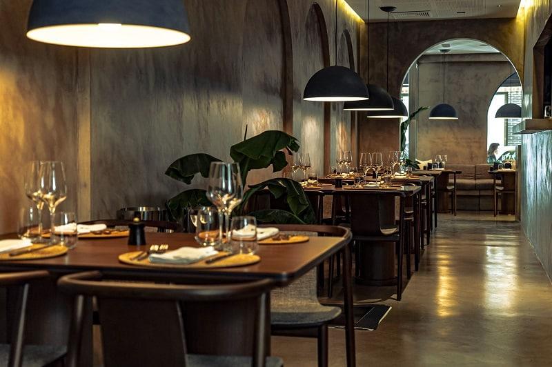 Restaurants 6